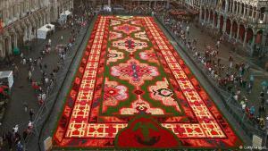 كانت النسخة السابقة في عام 2014 قد احتفلت بمرور 50 عاما على هجرة الأتراك إلى بلجيكا. وحملت السجادة بنقوش تركية وشرقية جميلة.