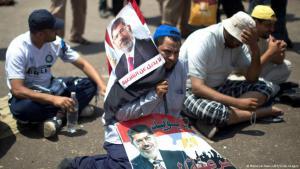 أنصار الرئيس المصري السابق محمد مرسي يتظاهرون دعما للشرعية