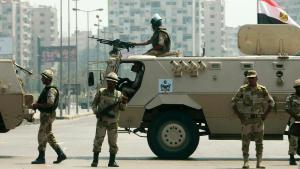 وحدات عسكرية مصرية في القاهرة. Foto: Reuters