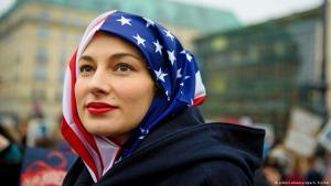 متظاهرى أمريكية ضد سياسة ترمب Foto: picture-alliance/dpa