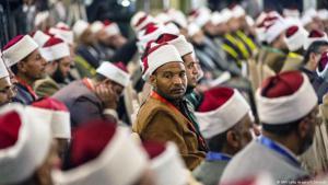 بعد الهجمات الإرهابية ضد الكنائس القبطية في مصر ارتفع أصوات تنادي الأزهر بكفير إرهابيين داعش