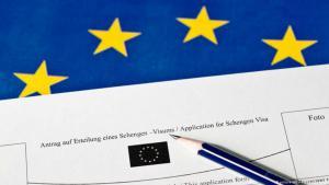 صورة لطلب الحصول على تأشيرة لمنطقة شنغن، التي تضم 26 دولة أوروبية بينها دول ليست أعضاء في الاتحاد الأوروبي