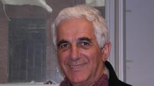 سالم تماري، مدير معهد دراسات القدس، محرر مجلة القدس الفصلية، وأستاذ مشارك في علم الاجتماع في جامعة بيرزيت. (source: Living Jerusalem Project)