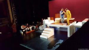 """لمسرحية """"كليلة ودمنة"""" أول أوبرا عربية من إنتاج فرنسي، والتي عرضت ضمن فعاليات مهرجان """"أكس"""" الفرنسي لمدة عام إضافة إلى عدد من المدن الأخرى."""