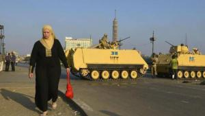 دبابات تابعة للجيش المصري في القاهرة. dpa ©