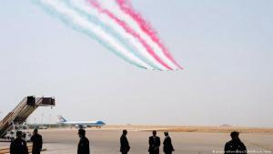 طائرات حربية تطير في مطار الملك خالد الدولي في الرياض خلال زيارة ترامب الرئاسية للمملكة العربية السعودية، 20 / 05 / 2017. (photo: picture-alliance/dpa/ZUMA Wire/A. Hanks)