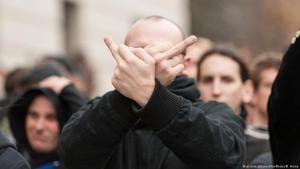 مؤيدون لحزب البديل من أجل ألمانيا اليميني الشعبوي المناوئ للمهاجرين والإسلام في مسيرة بألمانيا عام 2015. (photo: picture-alliance/NurPhoto/Markus Heine