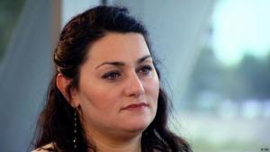 لميا قدور، كاتبة وباحثة في شؤون الإسلام