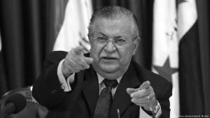 """الرئيس العراقي السابق جلال طالباني. يعتبر جلال طالباني الذي يطلق عليه الأكراد والعراقيون عموماً اسم """"مام جلال"""" (العم جلال)، واحدا من السياسيين المخضرمين ذوي الباع الطويل في المجال السياسي في تاريخ العراق المعاصر."""