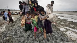 (photo: picture-alliance/dpa/Zumawire/Km Asad) مأساة الروهينجا...فضح للإعلانات الجوفاء عن حقوق الإنسان