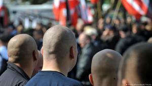 مظاهرة لليمين المتطرف في ألمانيا. (photo: picture-alliance/dpa/B. Thissen)