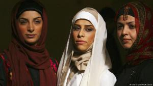 إيران- شرطة الآداب في مواجهة مع قطاع الموضة