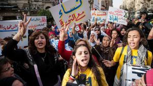 في القاھرة: مجموعات عربية مدافعة عن حقوق المرأة في مظاهرات الیوم العالمي للمرأة. Foto: dpa/picture-alliance