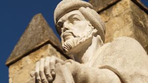 تمثال الفيلسوف الأندلسي المسلم ابن رشد. (photo: Manolo Blanco; source: Flickr)
