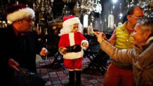 احتفال المسيحيين في العالم العربي بعيد ميلاد المسيح. الصورة من بيت لحم فلسطين  روترز