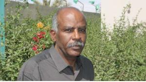 """الكاتب الموريتاني امبارك ولد بيروك - مؤلف رواية """"طبل الدموع"""" ـ (Editions Elyzad, Tunisia)"""