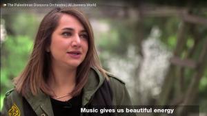 مريم تماري، المغنية الكلاسيكية الفلسطينية واليابانية التي درس في الولايات المتحدة ومقرها الآن في باريس