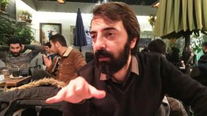 الكاتب والمترجم الكردي كاوا نمير. (photo: Murat Bayram)
