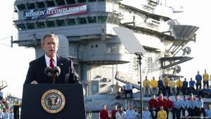 الرئيس الأسبق جورج دبليو بوش 2003.  (photo: AFP Photo/Stephen Jaffe)