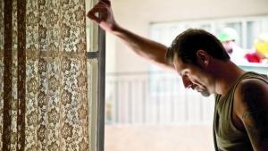 """المسيحي طوني. صورة من الفيلم """"قضية رقم 23"""" - فيلم المخرج اللبناني زياد دويري المرشَّح لجائزة الأوسكار 2017. Quelle: Alpenrepublik Filmverleih"""