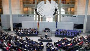 البرلمان الألماني. النظام السياسي الألماني: موافقة ناجحة بين منطق الفيدرالية واستحقاقات التاريخ