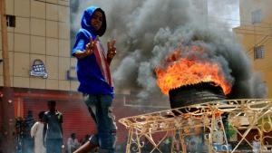 نقلت وكالة السودان للأنباء (سونا) عن سليمان عبدالجبار، وكيل وزارة الصحة، أن عدد ضحيا فضم الاعتصام السلمي في بالقوى لم يتجاوز الـــ 46. في المقابل، ذكرت لجنة أطباء السودان عبر صفحتها الرسمية على موقع التواصل الاجتماعي (فيسبوك) أن عدد القتلى بلغ 108 إلى جانب 500 جريح.