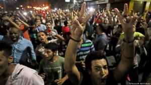 احتجاجات مطالبة برحيل السيسي في مدن مصرية.