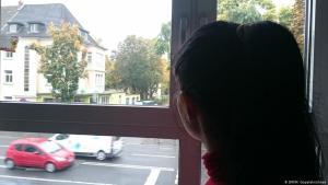 كثير من اللاجئات يواجهن مصاعب في ألمانيا