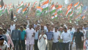 """احتجاجات ضد قانون الجنسية الجديد """"التمييزي ضد المسلمين"""" في الهند ديسمبر / كانون الأول 2019.  (photo: DW/S. Bandopadhyay)"""
