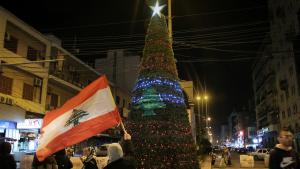 شجرة عيد الميلاد في الساحة الرئيسية في طرابلس الشرق - لبنان - 2019. Foto: Hanna Resch