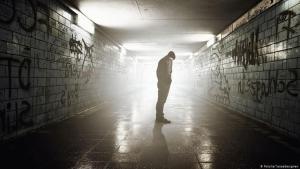 صورة رمزية - الانتحار / الكآبة / الوحدة. Foto: Fotolia/ lassedesignen