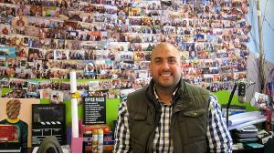 غسان حلاوة حقَّق  نجاحه من خلال تأسيسه لوكالة باراشوت 16 - عمان - الأردن. Foto: Claudia Mende