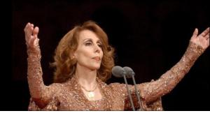 """خرجت """"أيقونة"""" الغناء اللبنانية، فيروز، من اعتزالها وسائل الإعلام كي تتلي صلاة من أجل نجاة العالم من أزمة فيروس """"كورونا"""" المستجد، الذي يتزايد عدد مصابيه يوما بعد يوم في شتى أنحاء المعمورة."""