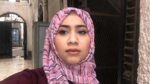 الصحفية اليمنية أمل منصور كانت تسافر كثيرا في السابق إلا أن كورونا غير كل شيء.