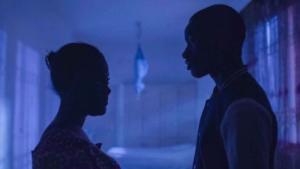 """مشهد من الفيلم السنغالي """"والد الفتاة نافي"""" – رفض مسلمين للإسلاموية العنيفة.  Quelle: Joye Didi Entertainment Company"""