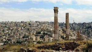 عمّان كما تبدو من قمة جبل القلعة. تصوير مايا عامر.