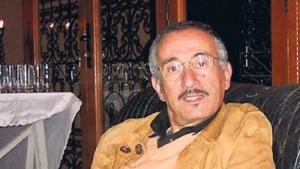 """الكاتب المغربيّ عزيز بِنِبِين، سَجِين سابِق من سُجَناء """"تازمامَرت""""، وشقيق الفنَّان ماحِي بِنِبِين (المصدر: تويتر)  (source: Twitter)"""
