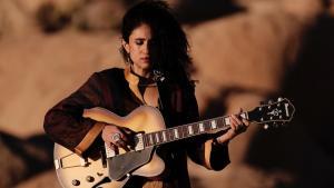 الموسيقية اللبنانية الأمريكية نعيمة شلهوب. (photo: Tarik Kazaleh)