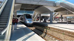 """محطة قطار الرباط أكدال - قطار """"البراق"""" الحديث الفائق السرعة – المغرب.  Foto: Claudia Mende"""