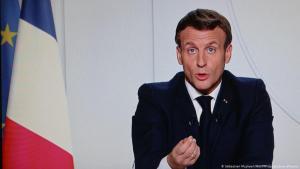 قال الرئيس الفرنسي إيمانويل ماكرون في مقابلة مع قناة الجزيرة إنه يتفهم صدمة المسلمين من نشر الرسوم الكاريكاتورية للنبي محمد