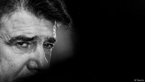 المغني والموسيقي والملحن الإيراني الشهير محمد رضا شجريان -الملقب بالأستاذ- توفي في طهران في 08 / 10 / 2020 عن عمر ناهز الـ 80 عاما. Foto: Tasnim