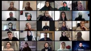 (photo: Avicenna Studienwerk) لقاء رقمي لطلبة مسلمين حاصلين على منح دراسية مع السياسي الألماني نوربرت روتغن