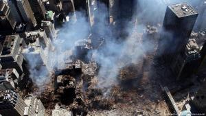 ذكرى الإرهاب - مركز التجارة العالمي في نيويورك - الذي دُمِّر عام 2001. (Foto: United Archives International)