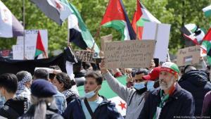 مظاهرات متضامنة مع الفلسطينيين في برلين - ألمانيا. Foto: Dirk Knofeld/dpa/picture-alliance