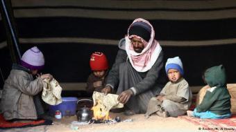 رجل من البدون في منطقة الجوف السعودية قرب الحدود الأردنية. يُعتقد أن البدون في السعودية ينتمون للقبائل البدوية المهاجرة التي كانت لا تستقر في مكان ثابت بشبه الجزيرة العربية.