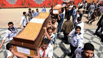 أقباط مصر بين ناري الإرهاب والتقصير الأمني