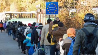 لاجئون في الطريق على مشارف ألمانيا.