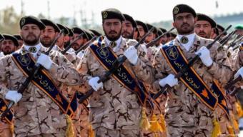 الحرس الثوري الإيراني خلال عرض عسكري في طهران. الصورة (Getty Images/AFP)