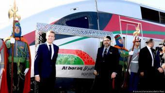 دشن الرئيس الفرنسي ايمانويل ماكرون والعاهل المغربي محمد السادس في مدينة طنجة القطار فائق السرعة بين طنجة والدار البيضاء في شهر نوفمبر 2018.