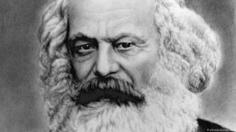 كارل ماركس بالألمانية فيلسوف ألماني واقتصادي وعالم اجتماع ومؤرخ وصحفي واشتراكي ثوري ( 1818 - 1883).